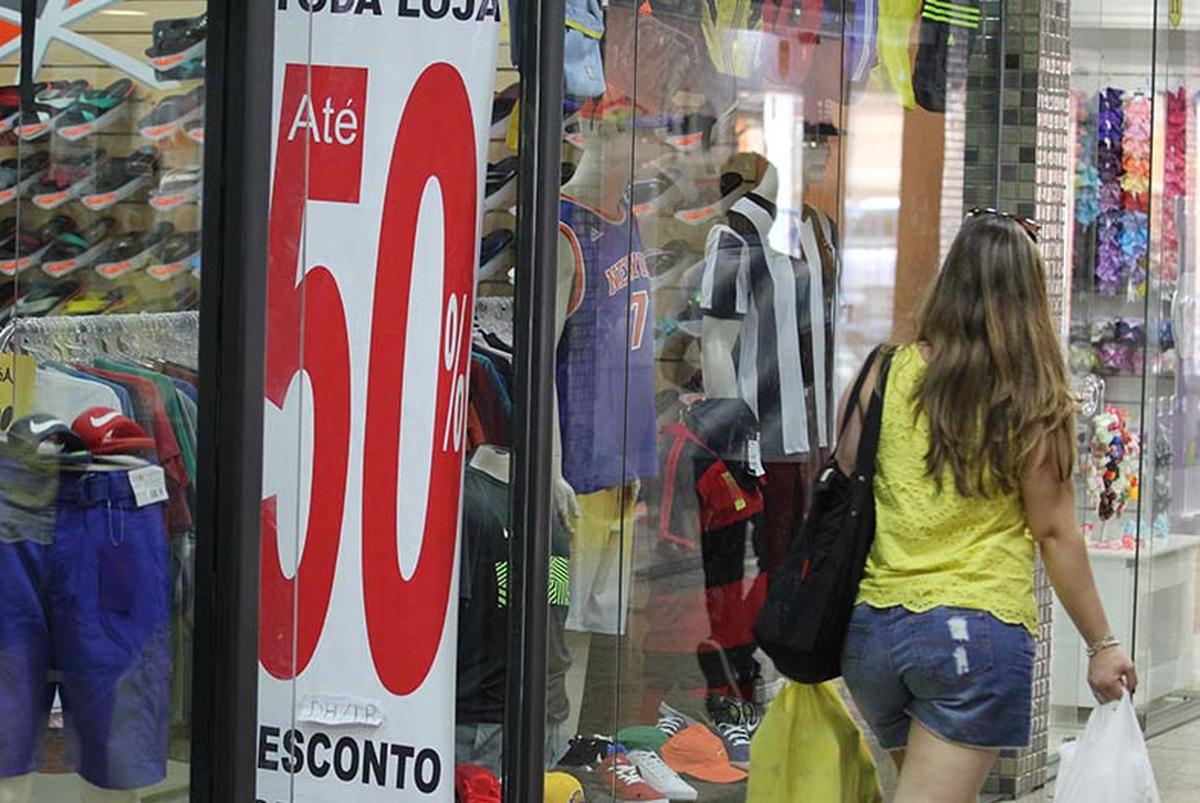 Procon de Macaé, RJ, orienta consumidores sobre compras durante a Black Friday