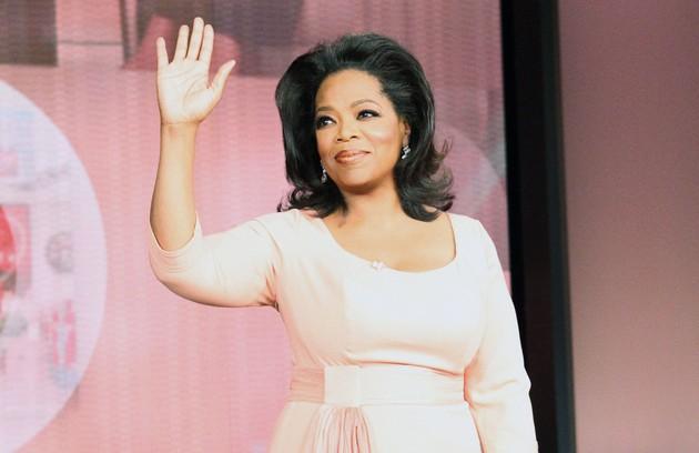 Oprah é uma das apresentadoras citadas por Grazi: 'Dispensa comentários. É uma verdadeira showoman' (Foto: AP)