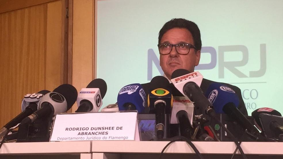Rodrigo Dunshee de Abranches no MP: vice-geral e vice-jurídico, dirigente comanda negociações com o MP por indenizações — Foto: Raphael Zarko
