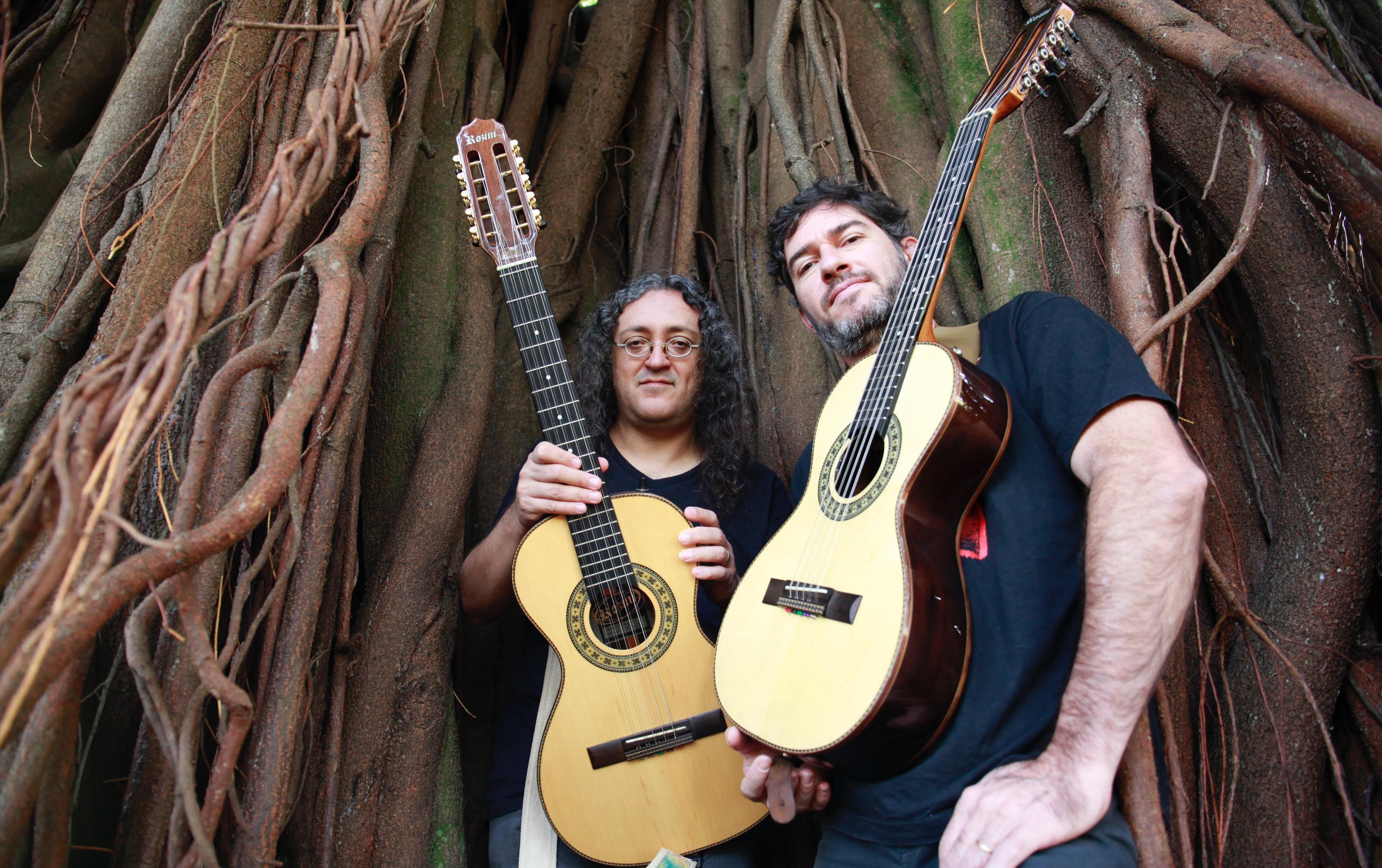 Dupla de violeiros Moda de Rock traz o cancioneiro do Led Zeppelin para o universo caipira do Brasil rural 2