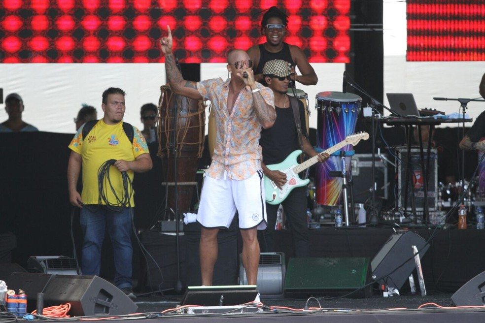 Léo Santana também se apresentou no Olinda Beer, neste domingo (4) (Foto: Marlon Costa/Pernambuco Press)