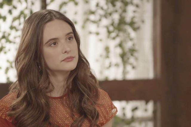 Juliana Paiva é Marocas em 'O tempo não para' (Foto: Reprodução)