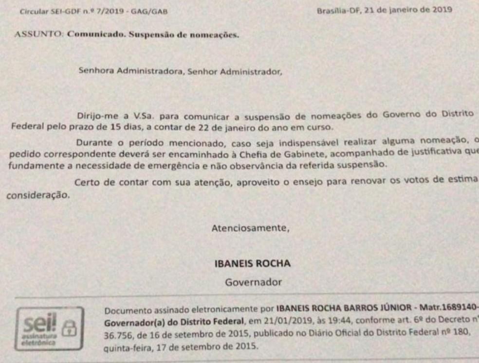 Circular enviada pelo governador do DF, Ibaneis Rocha, suspendendo as nomeações por 15 dias — Foto: Reprodução
