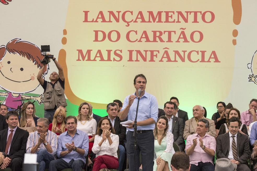 Programa Mais Infância transfere renda para famílias carentes no Ceará (Foto: Carlos Gibaja/Governo do Estado)