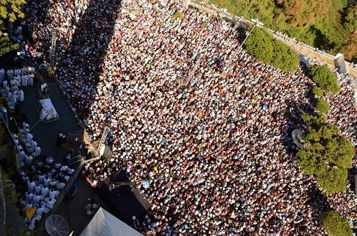Covid-19: Tradicional romaria que atrai milhares de devotos a Bom Jesus da  Lapa é cancelada; programação será online | Bahia | G1
