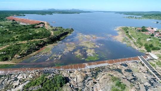 'Sangra' o Açude Mendubim, um dos 10 maiores reservatórios de água do RN; veja vídeo