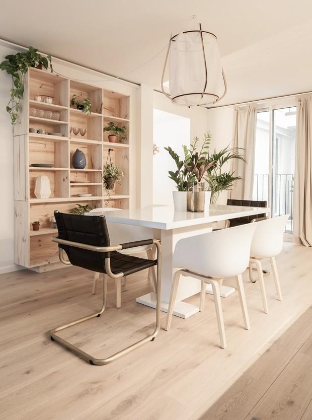 Décor contemporâneo marca apartamento multicultural em Barcelona (Foto: Nicolas Fotografia )
