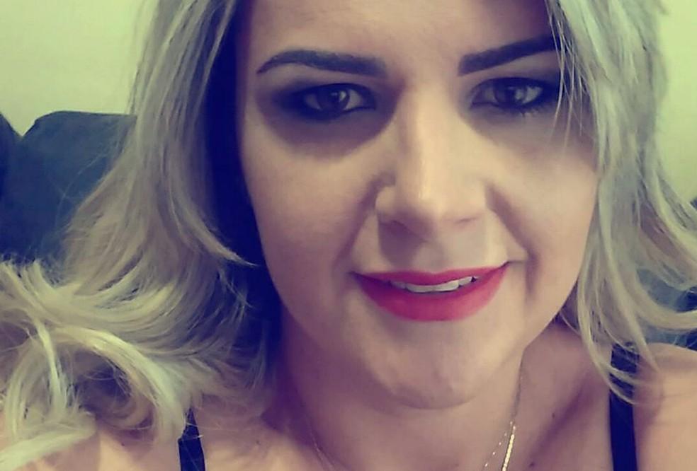 Fernanda Aparecida Delarice, de 36 anos, desapareceu em março em Ribeirão Preto (Foto: Reprodução/Facebook)