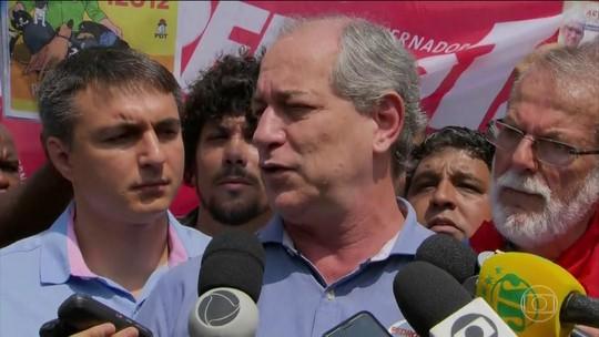 Na Baixada Fluminense, Ciro diz que pretende aplicar política tributária 'mais simples'