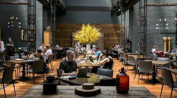 Restaurantes foram convertidos em coworkings nos EUA (Foto: Divulgação)