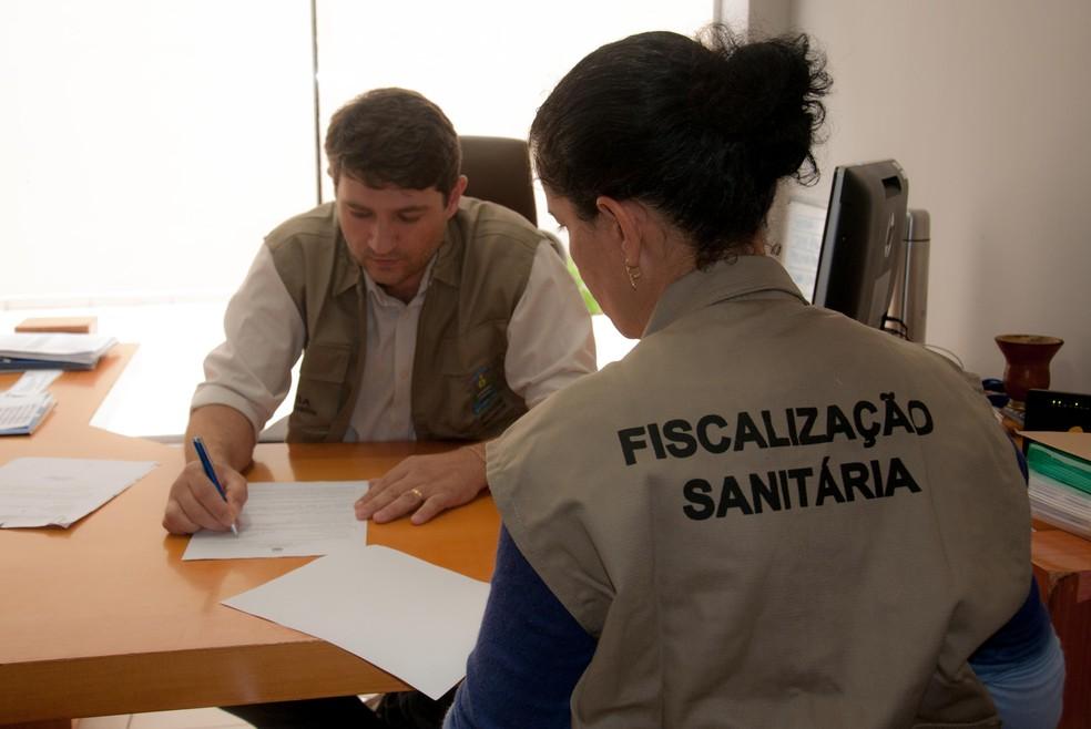 Vigilância Sanitária está modernizando o sistema de emissão de alvarás — Foto: Prefeitura de Palmas/Divulgação