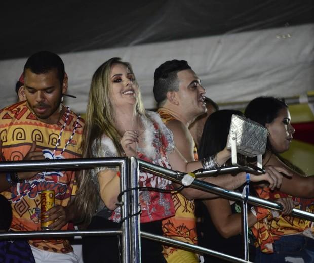 Patrícia curte fama do BBB18 (Foto: Davi Magalhães/Divulgação)