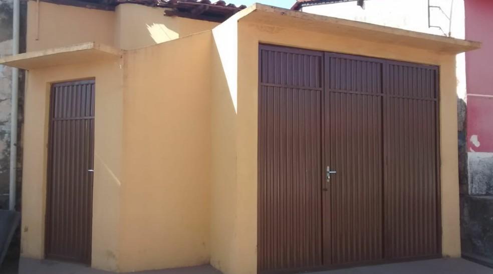 Polícia vai checar se procede que uma casa perto da agência foi alugada pelos bandidos no planejamento da ação criminosa — Foto: Erisvaldo Santos/TV Mirante