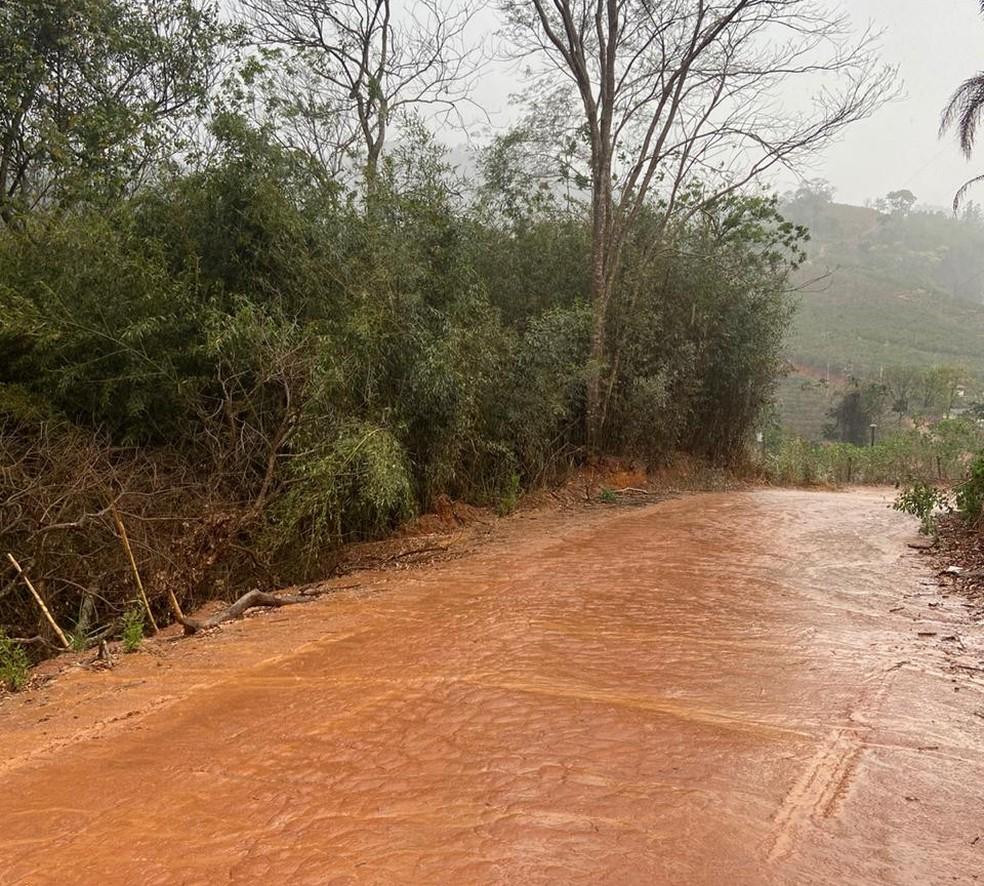 Zona rural onde foram encontrados documentos pessoais do padre — Foto: Polícia Civil/Divulgação