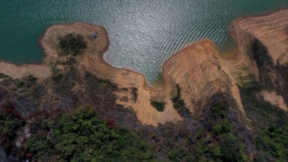 Maior hidrelétrica do subsistema Sudeste, reservatório de Furnas está com 15% da sua capacidade — Foto: Reuters