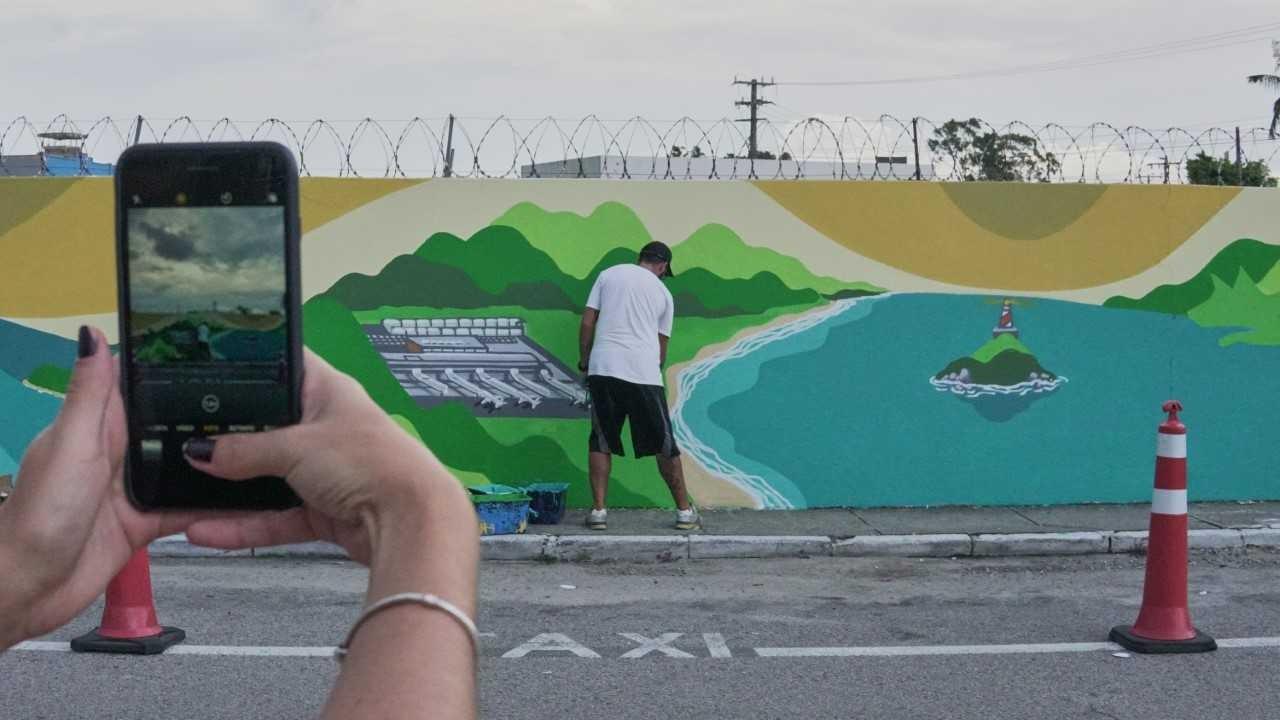 Aplicativo propõe visita guiada por ruas com grafites em Florianópolis