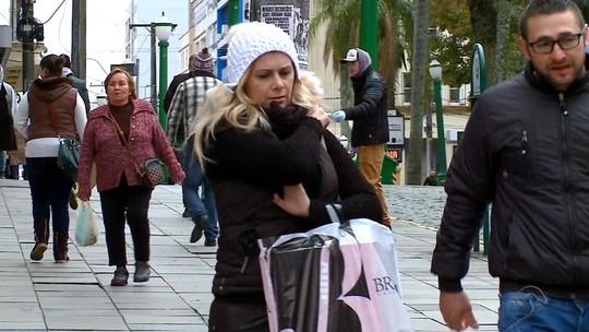 Massa de ar polar derruba ainda mais as temperaturas no RS na véspera do inverno