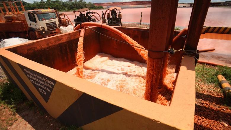mineradora-resíduos-vazamento (Foto: Igor Brandão/Agência Brasil )
