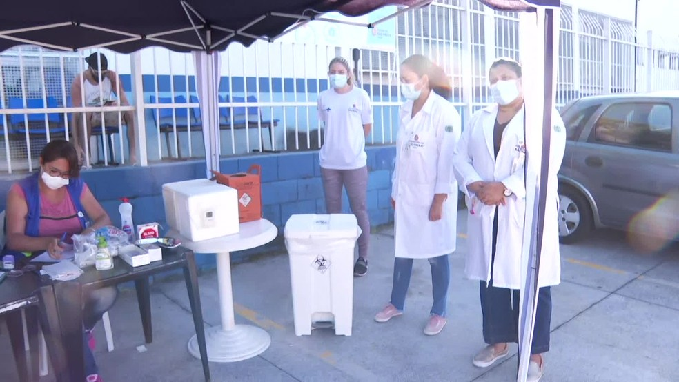 Vacinação na UBS de Perus, na Zona Norte de SP — Foto: Reprodução/TV Globo