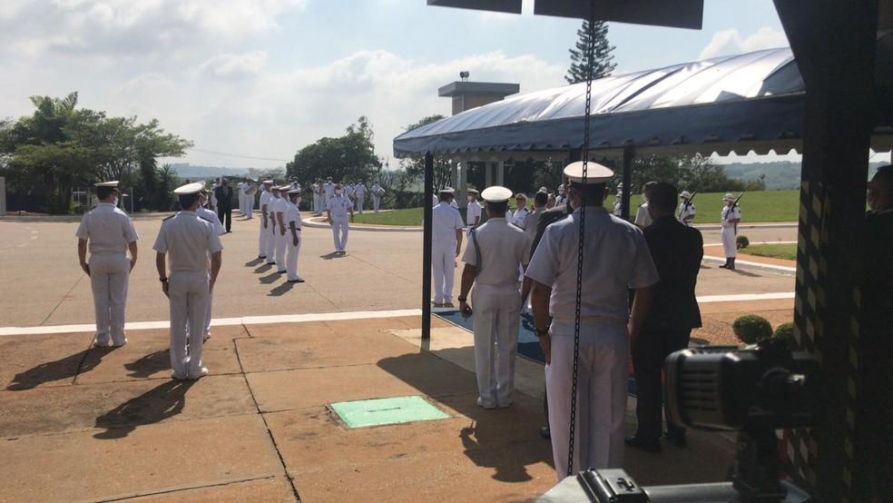 Militares se preparam para visita do presidente Bolsonaro ao Centro Experimental da Marinha (Aramar) em Iperó — Foto: Carlos Dias/G1
