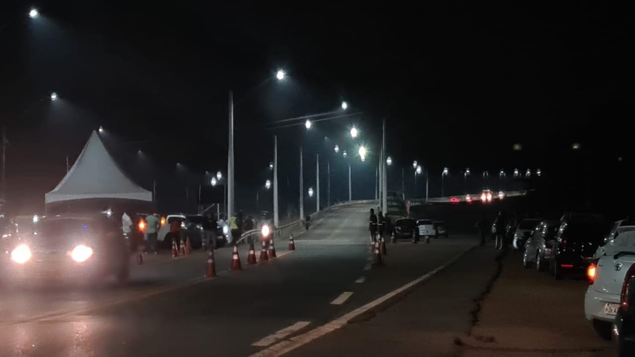 Ponte sobre o rio Madeira tem iluminação inaugurada em Porto Velho