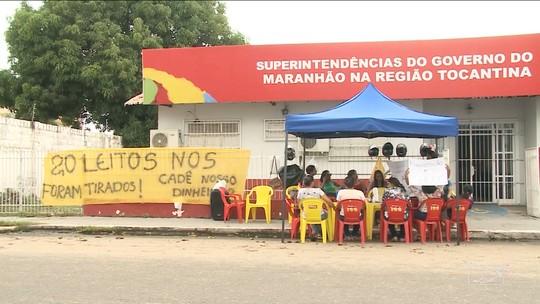 Funcionários em Imperatriz protestam contra não recebimento de direitos trabalhistas