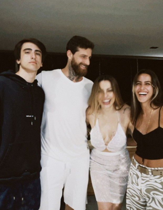 Cleo posta foto com a família (Foto: Reprodução/Instagram)