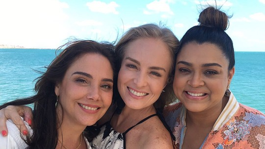Angélica recebe Heloísa Périssé e Preta Gil em Fortaleza para o 'Estrelas do Brasil'