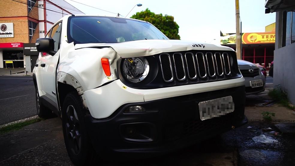 Carro utilizado por Pablo Henrique Campos, preso suspeito de ter atropelado a namorada e uma amiga na Zona Leste de Teresina. — Foto: Mauro Alves/ TV Clube