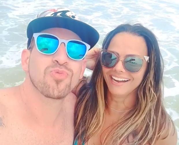 Viviane Araújo com o amigo Luiz Fernando Vianna (Foto: Reprodução Instagram)