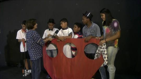 Escolas de teatro para crianças vão muito além de ensinar interpretação