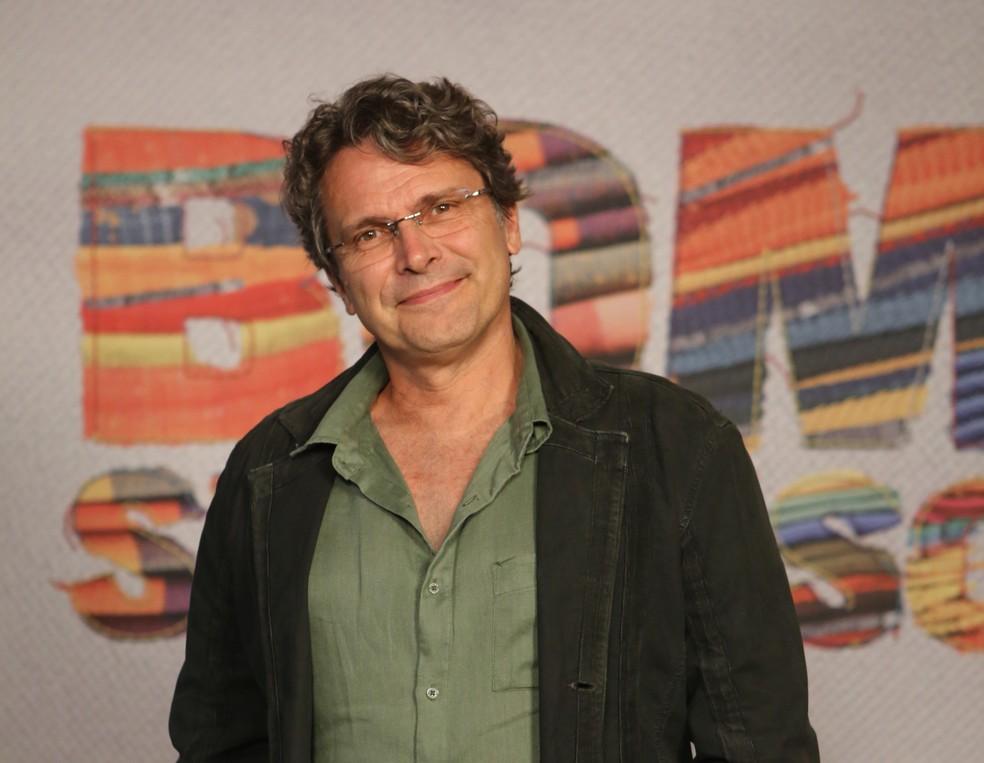 Para Toda A Nossa Vida Procuro Welisson Luiz: Diretor Artístico Fala Sobre 'Bom Sucesso': 'Tratamos A