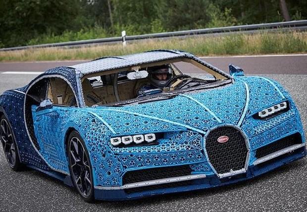 Bugatti chiron feita em lego (Foto: Instagram / Bugatti)