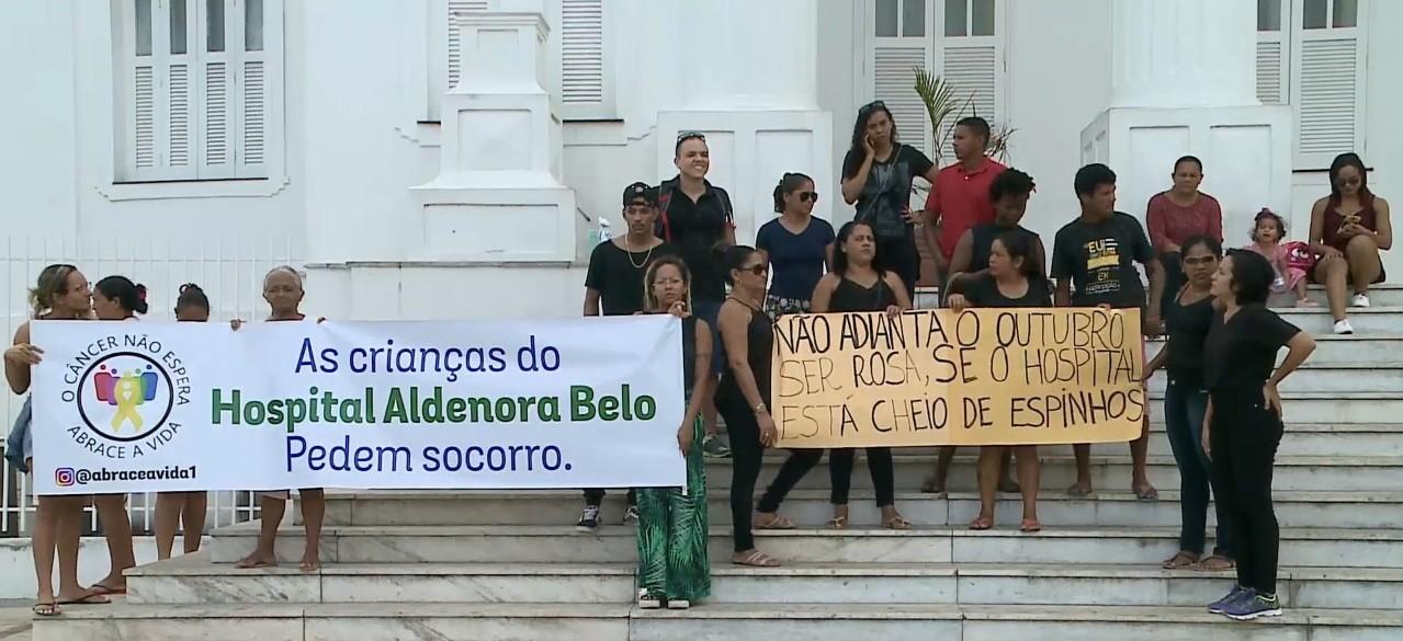 Familiares de pacientes do hospital Aldenora Bello fazem protesto em São Luís - Notícias - Plantão Diário