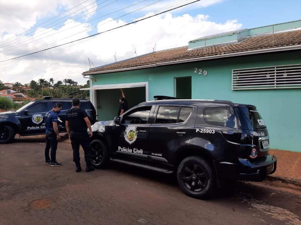 Reconstituição do crime foi feita na tarde desta segunda-feira (5) em Jaú — Foto: Polícia Civil/Divulgação