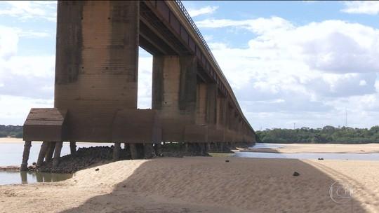 Incêndios disparam em Roraima e deixam rio Branco seco