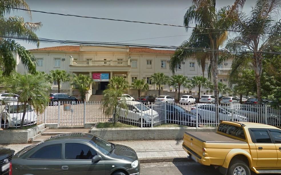 Criança, recém-nascida, está internada na Santa Casa de Rio Preto (Foto: Reprodução)
