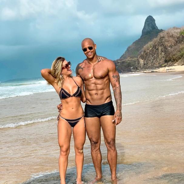 Léo Santana e Lorena Improta (Foto: Instagram/Reprodução)