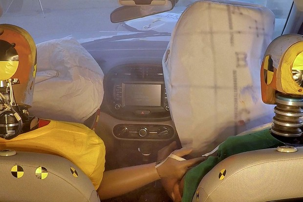 Hyundai anuncia primeiro airbag que protege passageiros de um segundo impacto