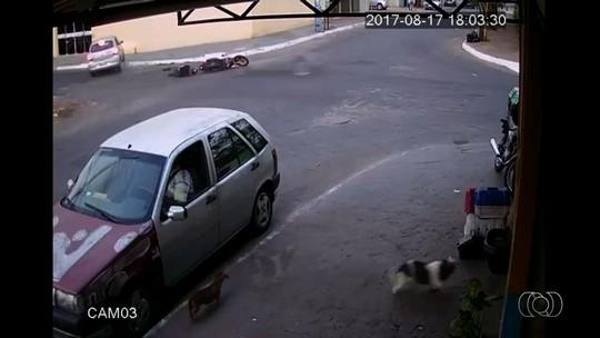 Câmera registra acidente que provocou a morte de piloto de motocross em Goiânia; veja vídeo