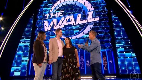 'The Wall': casal perde tudo e programa banca casamento; confira os vídeos
