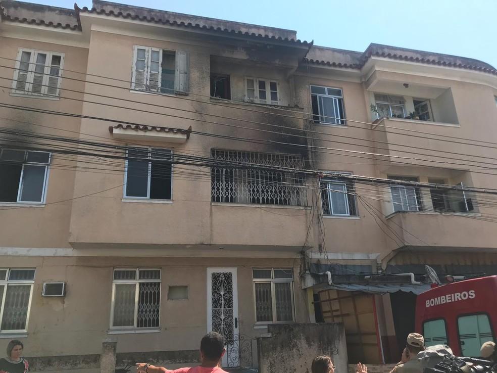 Prédio atingido por incêndio em Higienópolis, na Zona Norte â?? Foto: Lívia Torres/TV Globo