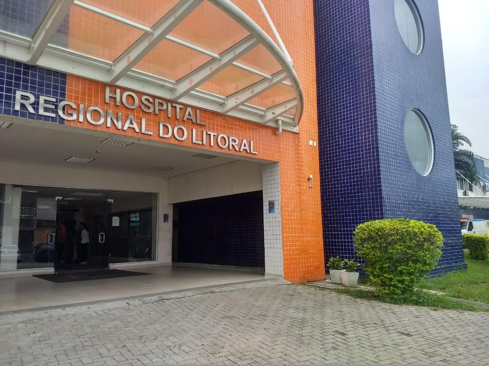 A adolescente foi encaminhada ao Pronto-Socorro Municipal (PSM) de Praia de Leste, e depois, ao Hospital Regional do Litoral (Foto: Vanessa Rumor/RPC)