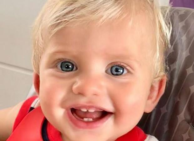 Karina Bacchi posta foto do filho Enrico  (Foto: reprodução instagram)