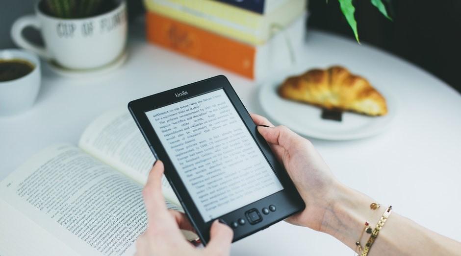 livros, e-books (Foto: Pexels)