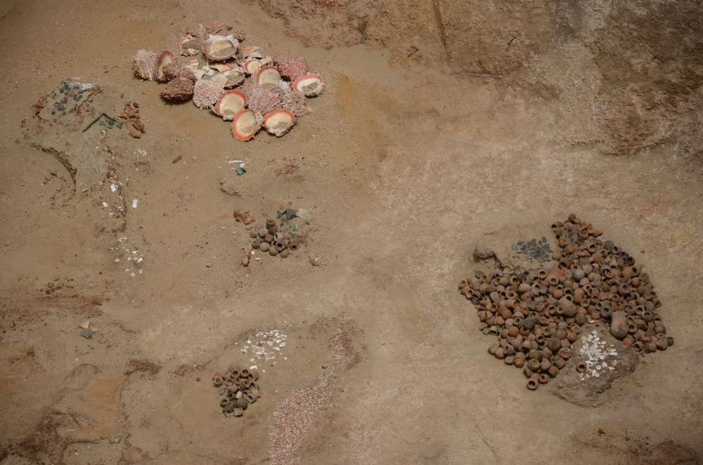 Objetos encontrados dentro da tumba inca no Mata Indio Lambayeque (Foto: Unidad Ejecutora 005 Naylamp-Lambayeque/Ministerio de Cultura del Perú)