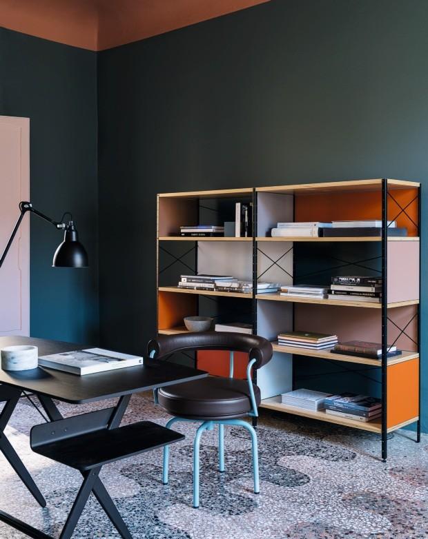 Geometrias, cores e texturas trazem elegância em apartamento milanês (Foto: Giorgio Possenti)
