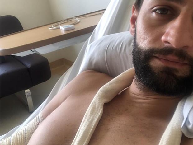 Munhoz recebe alta após internação (Foto: Reprodução/Instagram)
