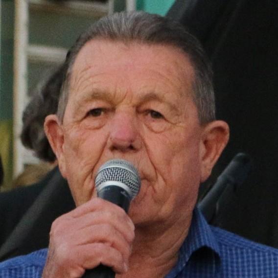 Após sentir dor de cabeça, prefeito de Marinópolis é internado em UTI