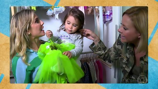 Deborah Secco abre closet de Maria Flor para o 'Vídeo Show', e bebê mostra fofura